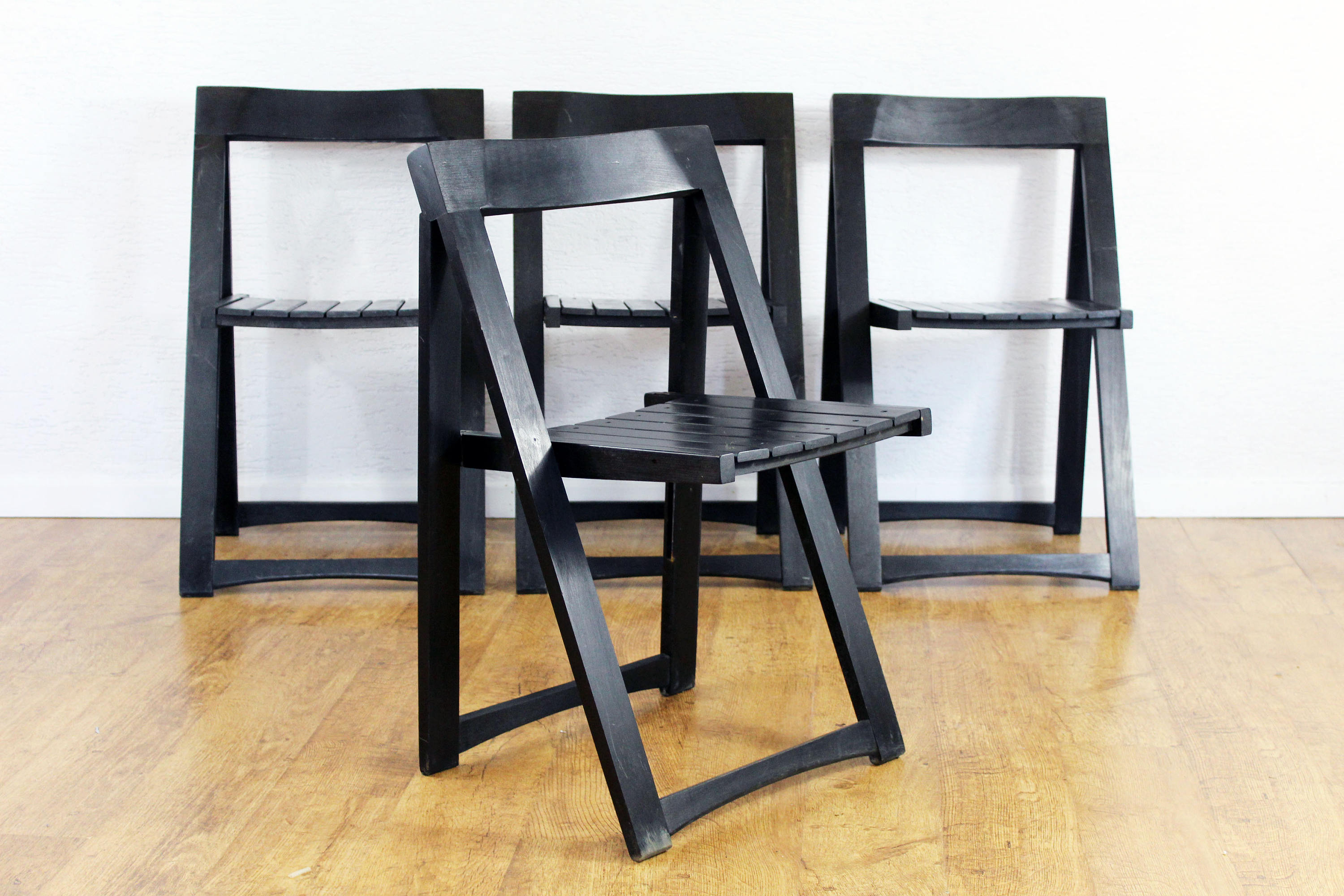 chaises pliantes aldo jacober syn brocante. Black Bedroom Furniture Sets. Home Design Ideas