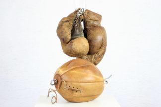 Gants de boxe et punching ball des années 20