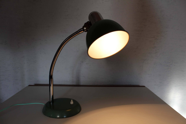 Lampe De Bureau Vintage En Metal Verte Et Chrome Syn Brocante