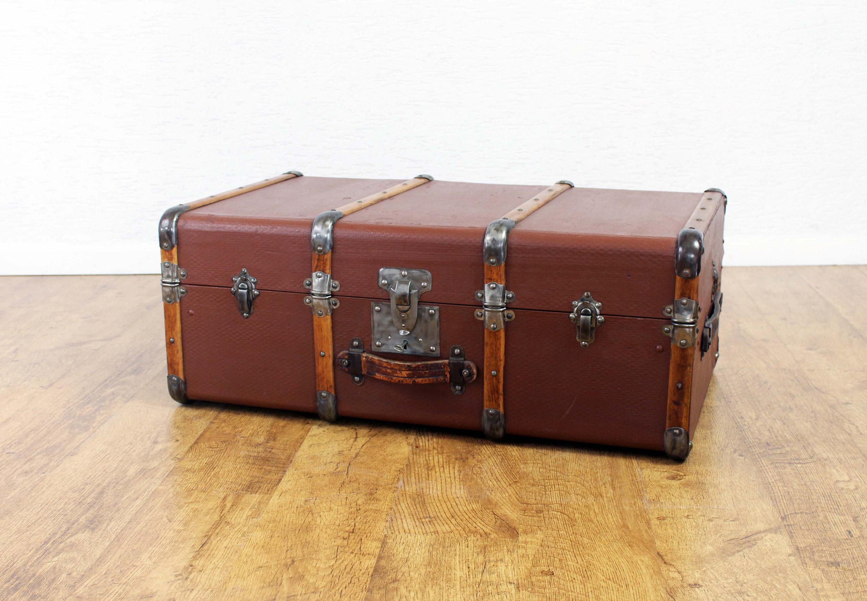 valise en bois Très belle malle ou valise des années 30 en cuir et bois