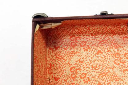 Très belle malle ou valise des années 30 en cuir et bois