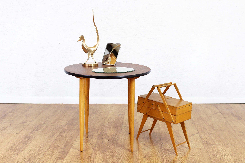 Table basse d\'appoint , table ronde vintage , table années années 60 ...